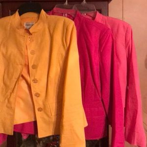 Set of three linen blazers!!!